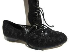1950's WELLCO Size 10 Oxford Low Heel Shoes Nylon Mesh Sueded bottom shoes Rubber Heels. $34.95, via Etsy.