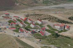 """el centro de esqui mas importante dentro de la zona Cuyana. """"""""LAS LEÑAS"""""""" provincia de Mendoza, Argentina"""