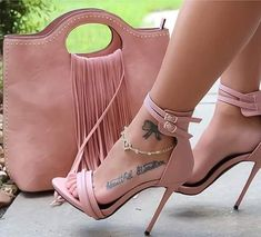 Discovered by ‍princess Rose. Find images and videos about fashion, shoes and heels on We Heart It - the app to get lost in what you love. Cute Heels, Lace Up Heels, Pumps Heels, Stiletto Heels, Heeled Sandals, Strap Heels, Heels Outfits, Studded Heels, Hot High Heels