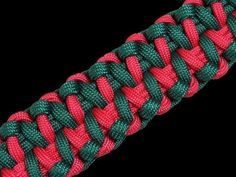 How to Make an Alligator Fang Paracord Bracelet