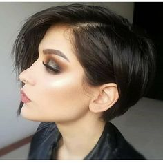 Short Edgy Pixie Cuts and Hairstyles;Trendy hairstyles and color… Short Edgy Pixie Cuts and Hairstyles;Trendy hairstyles and colors Short hairstyles; Pixie Bob Haircut, Short Pixie Haircuts, Short Bob Hairstyles, Short Hair Cuts, Trendy Hairstyles, Bob Haircuts, Hairstyles Pictures, Wedding Hairstyles, Haircut Short