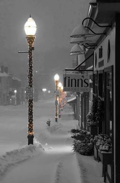 path of a beautiful Christmas night., Walk the path of a beautiful Christmas night. photo I will do 01 hours basic excel/Spreadsheet data entry, copy/paste work. My Fairytale Ever After ❄️❄️❄️ Photo by via : Fotos- Winter Pictures, Christmas Pictures, Winter Night, Winter Time, Winter Walk, Photography Winter, Winter Scenery, Winter Magic, Christmas Night