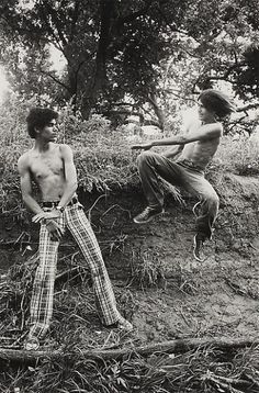Larry Clark Playing Kung Fu in the Park, 1975 Edition of 25 Black and white photograph 14 X 11 inches X cm) Larry Clark Photography, Book Photography, White Photography, Modern Photographers, Getty Museum, Lovers And Friends, Fine Art Photo, Kung Fu, Martial Arts