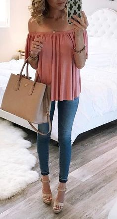 I'm so loving this outfit. The color of the off shoulders top is so pretty and those sandals are my favorite kind. Love the whole combo! I couldn't find the original source of this image, only the link to a shop so if you happen to know please let me know and I'll fix the link ASAP.  via Nordstrom. 20 Must Try Spring Outfits | The Crafting Nook by Titicrafty