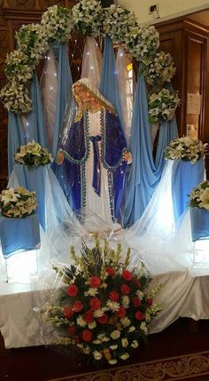 1 million+ Stunning Free Images to Use Anywhere Altar Flowers, Church Flower Arrangements, Church Flowers, Floral Arrangements, Easter Altar Decorations, Wedding Decorations, Table Decorations, Blessed Mother Mary, Blessed Virgin Mary