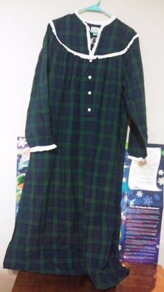 765e7d2d3e Lanz of Salzburg Blackwatch Plaid Blue Green Lacey Flannel Night Gown Size  Large  LanzofSalzburg
