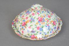 Royal Winton Grimwades - Old Cottage Chintz - Covered Round Dish - 1940s Vintage
