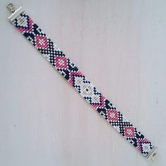 off loom beading techniques Loom Bracelet Patterns, Bead Loom Bracelets, Bead Loom Patterns, Beading Patterns Free, Beaded Jewelry Patterns, Loom Bands, Bead Jewellery, Seed Bead Jewelry, Bead Loom Designs