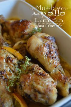 Como nos gusta tanto el pollo te dejamos esta receta de muslos de pollo al… Meat Recipes, Mexican Food Recipes, Chicken Recipes, Cooking Recipes, Healthy Recipes, Pollo Recipe, Pollo Chicken, Lemon Chicken, Deli Food