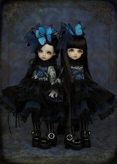 fleurs-de-nuit:  lily & vivy by Hiya Cadenza