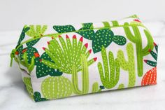 I love this fun little makeup bag. Custom Makeup Bags, Cactus Gifts, Zipper Bags, Zipper Pouch, Cactus Print, Printed Bags, Best Friend Gifts, Small Gifts, Traveling By Yourself
