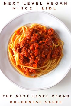 I call this recipe The Next Level Bolognese Sauce because it is made with the Next Level Vegan Mince Meat, which is a brand you can find at LIDL! Not an original name, but It makes up for it in tastiness! #veganbolognesesauce #vegan #bolognese