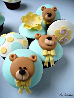 The cutest baby shower cupcakes you& ever make, eat, or see! We& gathered best baby shower cupcakes to help inspire others. The mommy-to-be will cry over how darn cute these cupcakes are! Fondant Cupcakes, Fondant Toppers, Cute Cupcakes, Cupcake Toppers, Cupcake Cakes, Brownie Cupcakes, Birthday Cupcakes, Mini Cakes, Birthday Parties