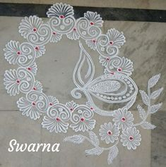Simple Rangoli Border Designs, Easy Rangoli Designs Diwali, Indian Rangoli Designs, Rangoli Designs Latest, Rangoli Designs Flower, Free Hand Rangoli Design, Small Rangoli Design, Rangoli Patterns, Rangoli Ideas