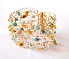 Lovin' this Gold Wire. Bracelet Cuff. Arm Cuff. Light Chunky Statement Jewelry