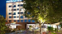 Booking.com: Motel One Wien-Staatsoper , Wien, Österreich - 5681 Gästebewertungen . Buchen Sie jetzt Ihr Hotel! Albertina Wien, Motel One, Vienna Hotel, Hotels, Café Bar, Multi Story Building, Double Room, Ground Floor
