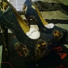 High heel pumps size 6.5 Brand new, never used High heels, jean navy multicolor and animal print on heel, 6 inch heel and 2 inch platform, size 6.5 ALBA Shoes Heels