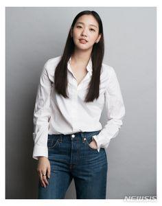 ucylucy's Content - Page 2 - Soompi Forums Lee Hyun, Hyun Woo, Celebrity Closets, Celebrity Style, Korean Actresses, Korean Actors, Kim Go Eun Goblin, Kim Go Eun Style, Jung Ji Woo