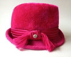 Hey, I found this really awesome Etsy listing at https://www.etsy.com/listing/185675851/vintage-fedora-hot-pink-designer-gwenn
