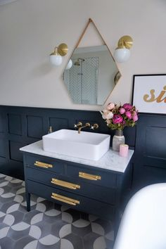 You want a pink WHAT? The battle for the pink bath - Come Down To The Woods Blue Bathroom Decor, Bathroom Interior, Small Bathroom, Bathroom Ideas, Bathroom Goals, Bathroom Inspo, Pink Bathtub, Pink Toilet, Downstairs Toilet