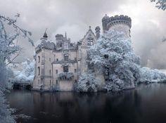 Château de la Mothe-Chandeniers, France