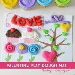 Valentine's Day Play Dough Mat Printable (+ Cleaning Our White Table!)
