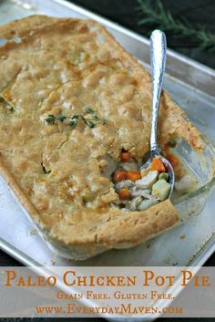 Paleo Chicken Pot Pie with a 100% #grainfree and #glutenfree light and flakey crust. This dish is amazing!