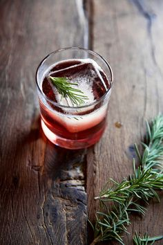 Rosemary's Piglet: Champagne, Rosemary simple syrup, Pomegranate juice