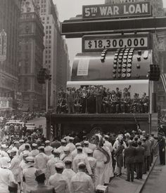 At the 1939-1940 New York World's Fair, the National Cash Register Company of Dayton, Ohio built their pavilion to look like a giant cash register, even larger than this one in Time Square. The number shown at the top was the fair's total attendance up to that date.