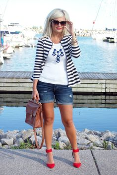 {outfit inspiration} striped jacket, mid-length denim shorts, red heels