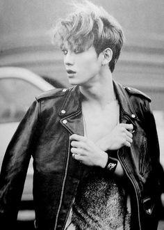Chen ♥ - EXO Photobook 'DIE JUNGS'.