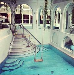 A swing over your indoor pool! I want one a swing over my pool in my dream house Piscina Interior, Dream Pools, Cool Pools, Awesome Pools, House Goals, Dream Bedroom, Pool Bedroom, Design Case, Architecture