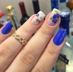 30 Cool and Easy Halloween nail art designs for Women img 6 Fingernail Designs, Nail Art Designs, Gorgeous Nails, Beautiful Nail Art, Cute Nails, Pretty Nails, Floral Nail Art, Halloween Nail Art, Easy Halloween