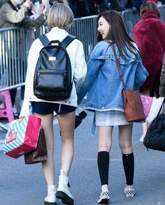 2yeon .........{ #트와이스 #jungyeon #jeongyeon #twice }#nayeon  #Tzuyu #chaeyoung #momo #Mina #minseok #seungyeon #2YEON