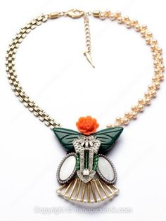 White Yellow Pearl Flower Gold Chain Necklace -$19.69