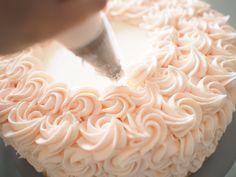 Vanilla Rosette Cake