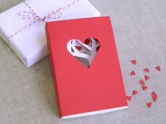 MAKE | How-To: Valentines Day Matchbook Card