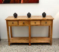 Arrimo Elqui, hecho en Chile de madera Raulí. Te invitamos a conocerlo a av Italia, 1601 o en nuestra página www.meyamuebles.cl