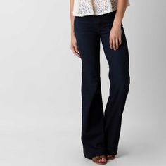 "Free People Morrisey Blue Denim Flares NWT 25"" Hey Honey! This sale is for a pair of Free People Morrisey Blue Denim Flares NWT Size 25"". Please ask any questions you may have because all sales are final. Trades Free People Jeans Flare & Wide Leg"