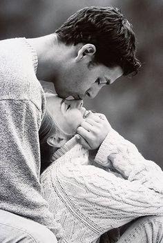 Un moment de tendresse avec l'homme de sa vie :) #amour #cute #couple