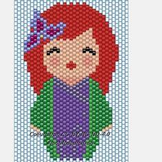 Et voilà Ariel... comme je n'aime pas trop le violet, j'ai du mal à choisir les bonnes couleurs... trois fois que je la recommence sans être satisfaite, la quatrième sera sans doute la bonne :) #ariel #littlemermaid #disney #sirene #lapetitesirene #kokeshi #brickstitch #jenfiledesperlesetjassume #perlesaddict #perlesaddictanonymes #jesuisunesquaw #diy #handmade #motifcoeurcitron