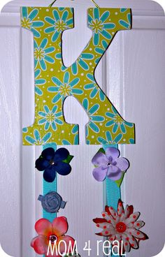 How to Make a Hair Bow/Clip Holder - Mom 4 Real