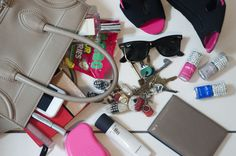 Whats in my Hand Bag Comp Xx