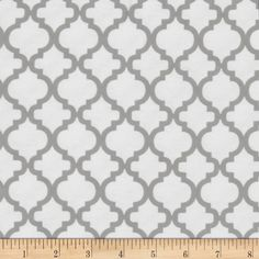 Dreamland Flannel Bella White/Jasper Grey from @fabricdotcom  Designed by David Textiles, Inc., this double napped (brushed on both sides) flannel is perfect for quilting and apparel. Colors include navy and white.
