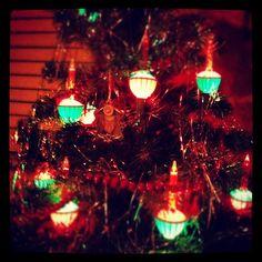 i love my vintage bubble light christmas tree vintage christmas christmas tree