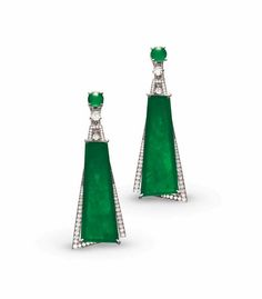 AN EXQUISITE PAIR OF JADEITE AND DIAMOND EAR PENDANTS/PENDENT NECKLACE, BY CARVIN FRENCH
