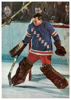 Rangers Hockey, Hockey Goalie, Hockey Players, Ice Hockey, Goalie Mask, National Hockey League, New York Rangers, Sports Pictures, Nhl