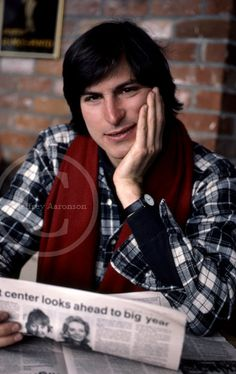 This photo simply kills everything inside of me. This is Steve Jobs in Aspen, Colorado before hitting the slopes. I uploaded a pic of him skiing yesterday.