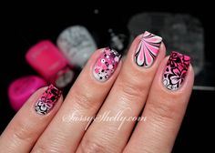 Hawaiian Hibiscus Skittlette watermarble accent stamped with Pueen SE02A     Sassy Shelly