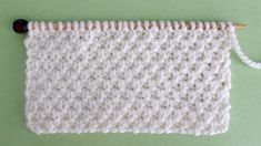 This Irish Moss Stitch Pattern is such a pretty vintage design! Get free knitting pattern, chart, and video tutorial by Studio Knit. Beginner Knitting Patterns, Knitting Stiches, Baby Hats Knitting, Knitting For Beginners, Loom Knitting, Free Knitting, Knitting Projects, Moss Stitch, Purl Stitch